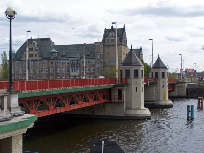 Problem z kierowcami na moście długim
