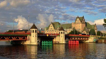 Komu najłatwiej jest znaleźć pracę w Szczecinie?